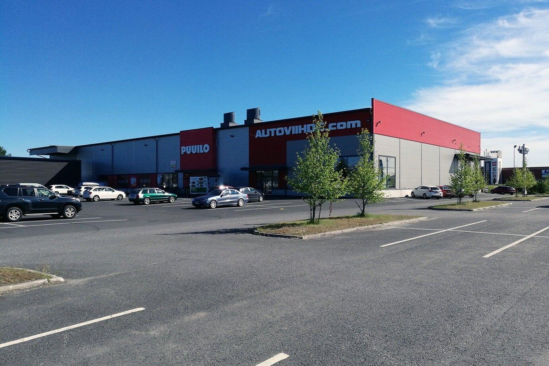 Autoviihde myymälä Oulussa